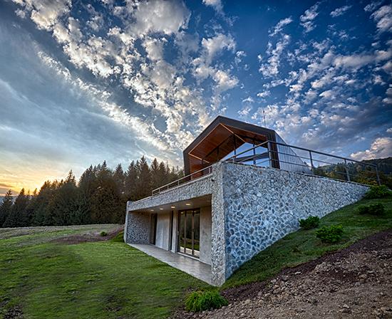 Complexul-eco-turistic-montan-Valley-21-Vama-Buzaului