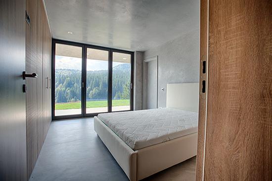 Complexul-eco-turistic-montan-Valley-21-case-camere-spatioase