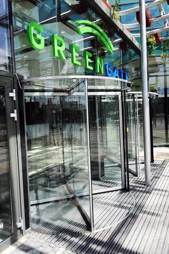 GEZE usi premium in cladirea de birouri Green Gate