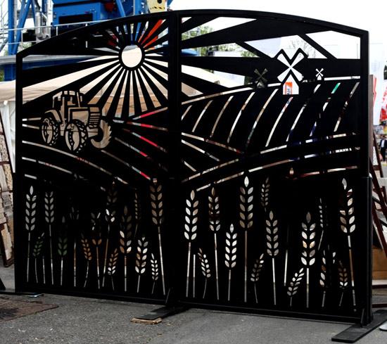 Poarta-Agricultura-realizata-din-tabla-otel-metal-creativ