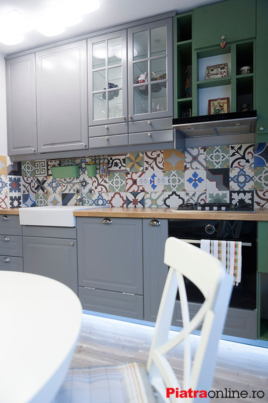 perete-decorativ-bucatarie-terazzo-proiect-client-PiatraOnline