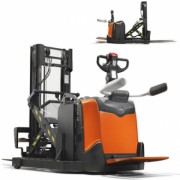 Stacker transpaleta electrica BT Staxio 1.2t cu catarg retractabil, oferit de firma Toyota Material Handling